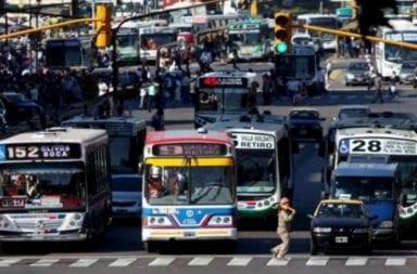 Transporte nocturnos: empresarios amenazan con dejar sin líneas de colectivo al área metropolitana