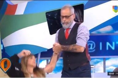 La cantante Daniela se desmayo al aire en Intrusos