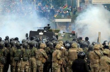 Ya hay cinco muertos en Cochabamba por un violento enfrentamiento entre cocaleros y la policía