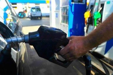 YPF suspende el aumento del 5% en combustibles