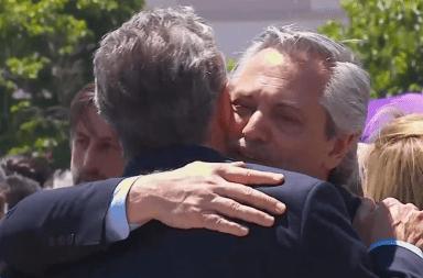 El abrazo de paz entre Mauricio Macri y Alberto Fernández