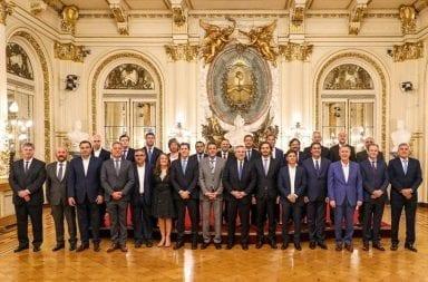 Alberto Fernández y gobernadores acordaron la suspensión del pacto fiscal