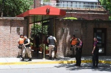 Motochorros mataron a un turista inglés e hirieron a otro en la puerta del Hotel Faena