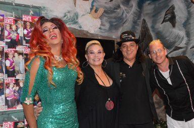 Mar del Plata: Carmen Barbieri visitó 'Transformados' en la sala Alfredo Barbieri