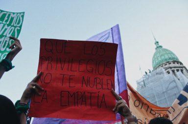 Paro de mujeres: Movilizaciones y pañuelazos en distintos puntos del país