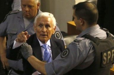 El tribunal oral rechazó la prisión domiciliaria al represor Miguel Etchecolatz