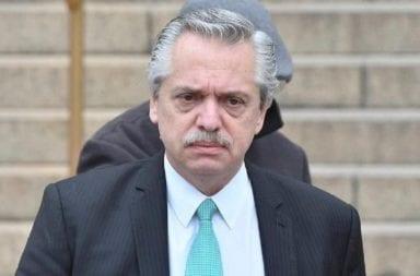 La furia de Alberto Fernández con el Central, el gremio de los bancarios y la ANSES por el caos con el pago a jubilados