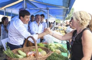 Daniel Arroyo aclaró como se realizó la compra de alimentos para asistir a los barrios necesitados