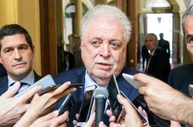 """El Gobierno acordó con las prepagas de salud """"coordinar esfuerzos"""" frente a la pandemia"""