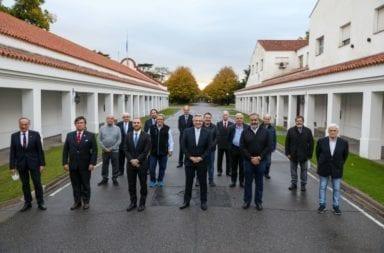 Amplio apoyo de gremios y empresarios al Presidente en la renegociación de la deuda