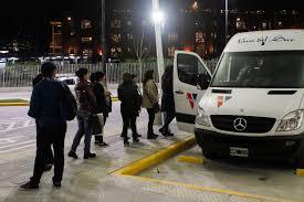 Coronavirus: Habilitan el servicio de combis y minibuses para el área metropolitana