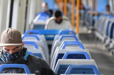 Las nuevas restricciones para viajar en trenes y colectivos