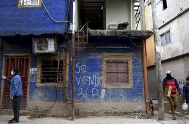 Dos nuevas muertes en villas porteñas y los contagios representan el 35% de los casos en Ciudad de Buenos Aires