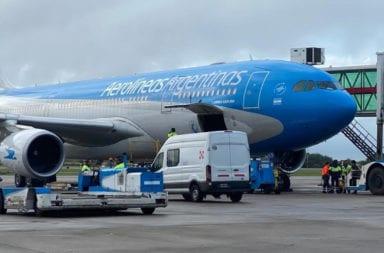 Aerolíneas Argentinas evalúa suspender
