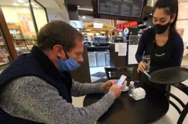 Restaurantes y peluquerías: El gobierno porteño evalúa los protocolos para su reapertura
