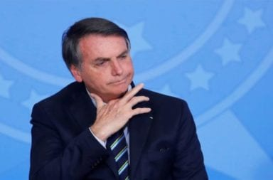 La justicia de Brasil obliga a Jair Bolsonaro a usar barbijo