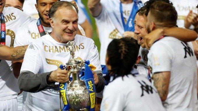 El mundo del fútbol habla del Leeds de Bielsa.