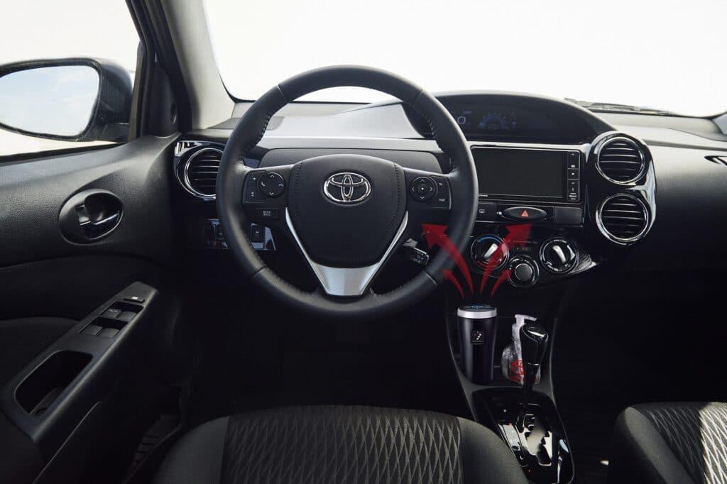 Toyota Argentina presentó distintos accesorios para la higiene dentro del auto
