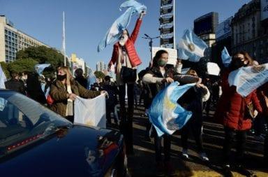 """El """"Banderazo por la libertad y la justicia"""" se lleva adelante en todo el país"""