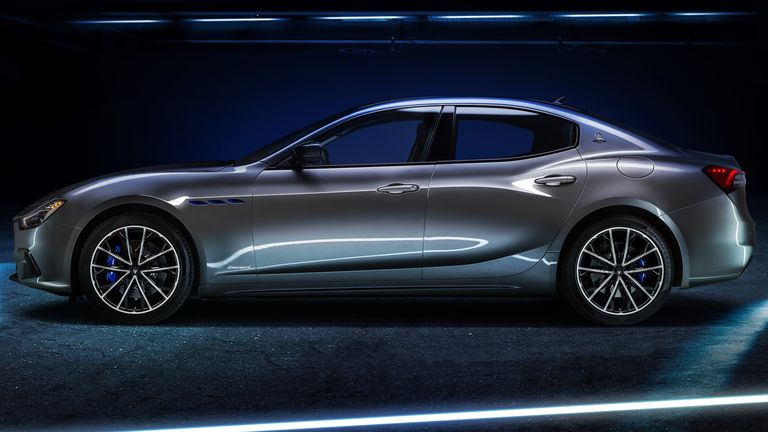 Maserati presentó su primer auto híbrido de la historia