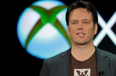 Phil Spencer le pega a Sony
