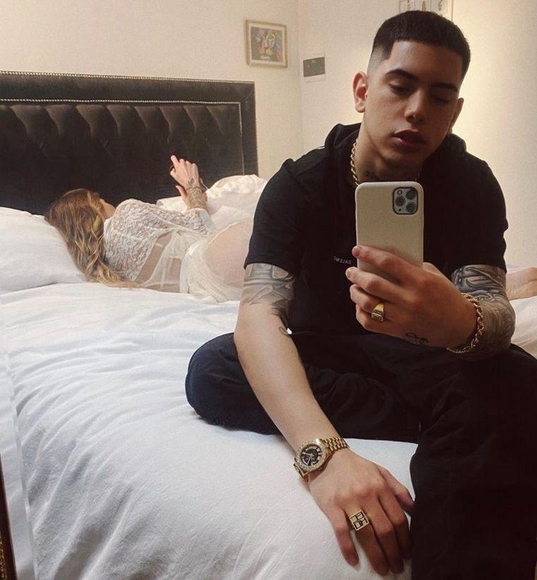 El trapero Ecko ¿con Romina Malaspina en la cama?