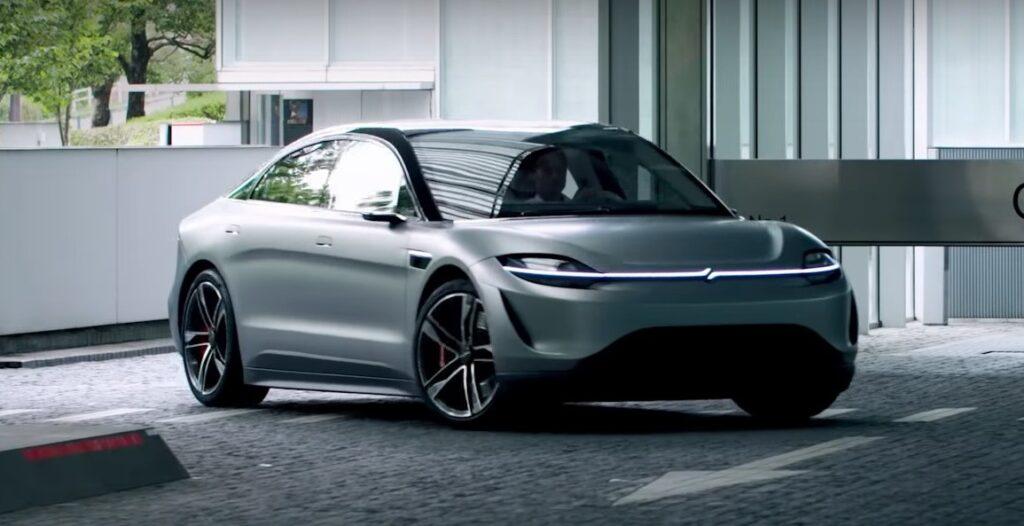 Sony se involucra en la industria automotriz y ya tiene su auto para probar en la calle