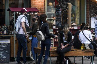 Rodriguez Larreta anunció que reabren bares y restaurantes con mesas en la calle