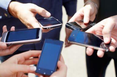 En septiembre, aumentan los servicios de telefonía celular e internet