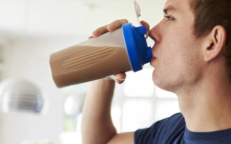 Remedio energizante y medicinal con té y avena