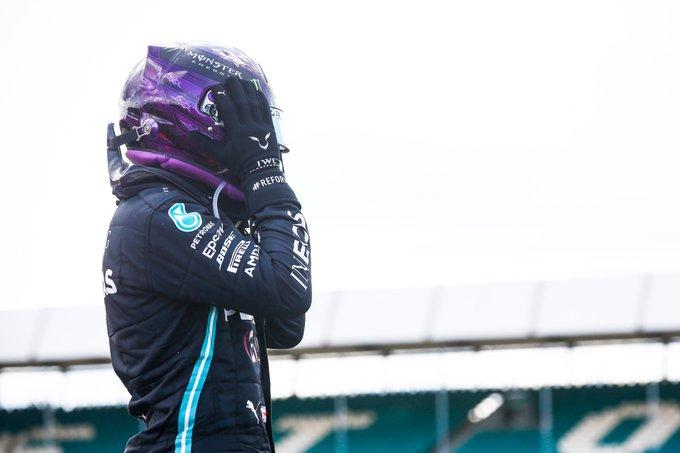 Impresionante final en Silverstone: Hamilton gana con tres neumáticos
