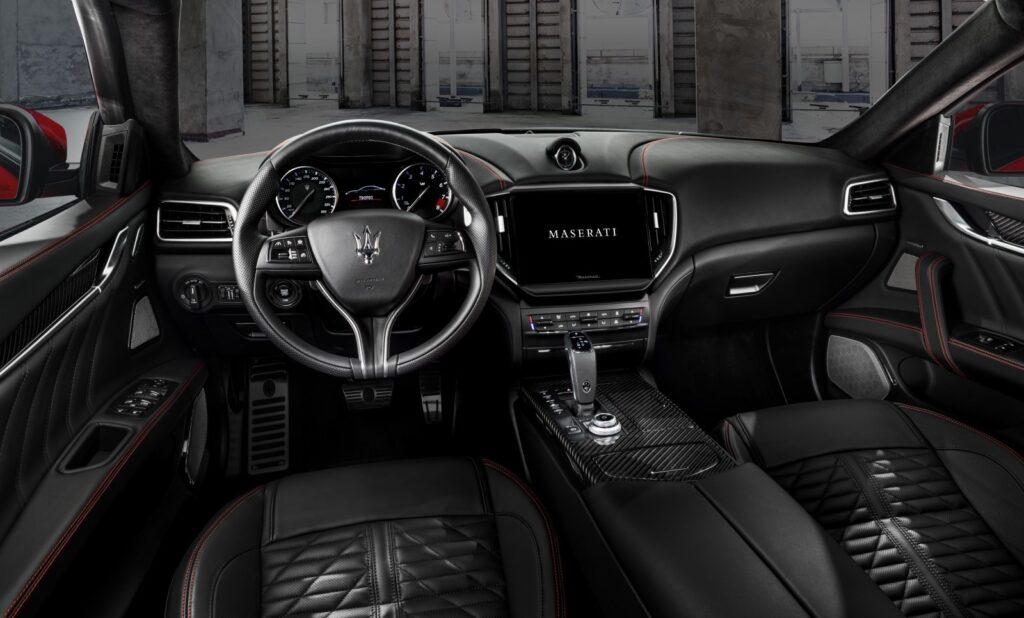Ghibli Trofeo y Quattroporte Trofeo: Los sedán más rápidos de la historia de Maserati
