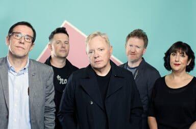 """New Order presenta una edición de lujo de """"Power, corruption & lies"""""""