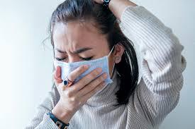 """Cefalea, diarrea y vómitos, los nuevos síntomas que se suman a la definición de """"caso sospechoso"""" de coronavirus"""