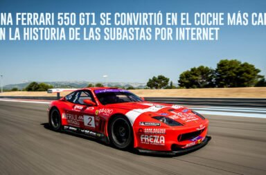 Una Ferrari 550 GT1 se convirtió en el coche más caro en la historia de las subastas por internet