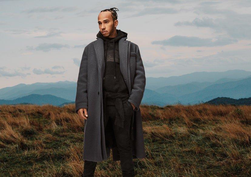 Hamilton lanzá una nueva colección de ropa junto a Tommy Hilfiger apostando a la sustentabilidad