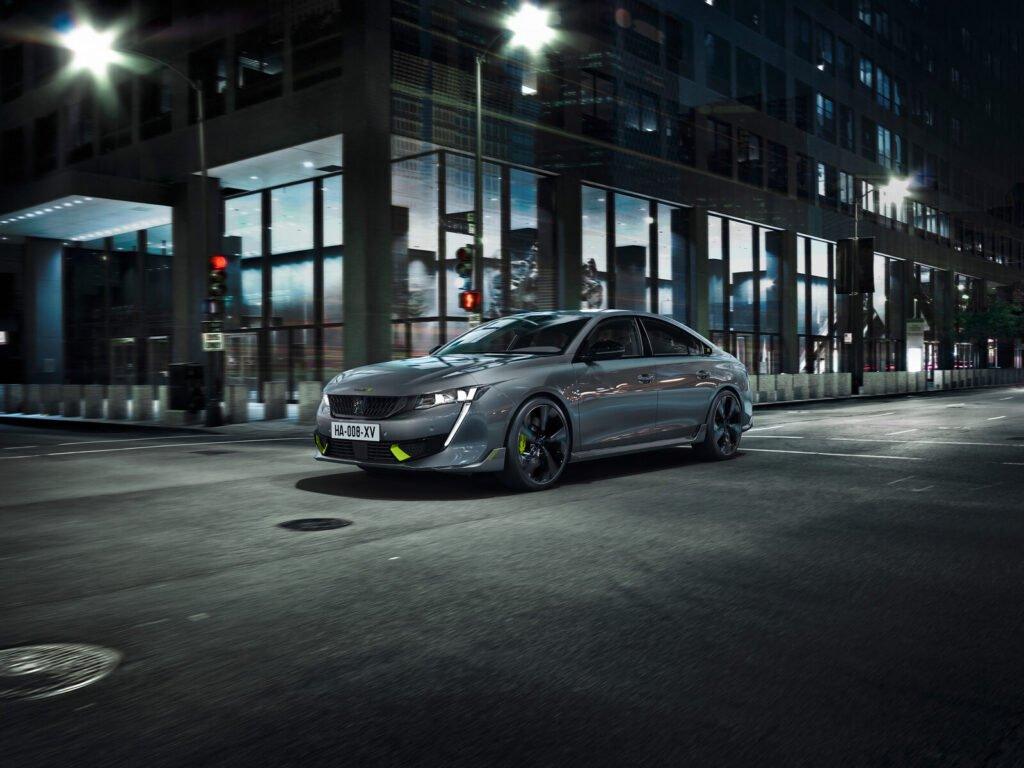 Peugeot celebró sus 210 años y lanzó su nueva división de autos deportivos de la mano del 508 PSE