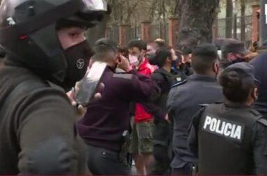 Los policías bonaerenses rechazaron la invitación a  dialogar con el presidente: