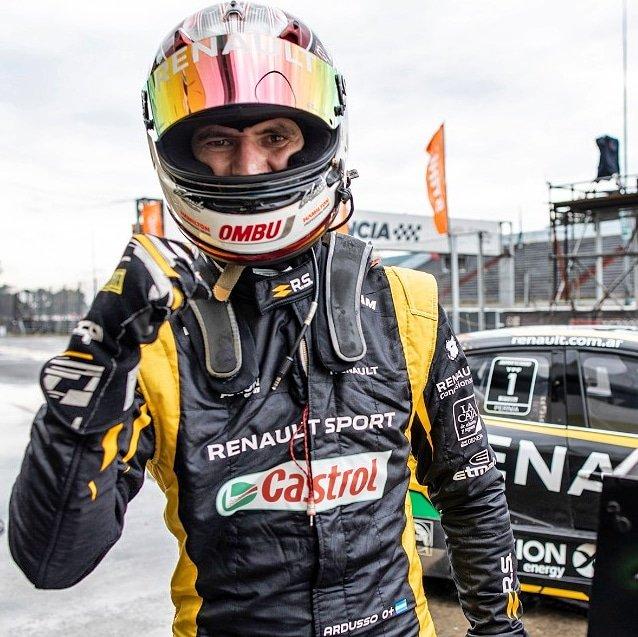 Con grandes maniobras Ardusso se llevó el triunfo en la carrera del Súper TC2000 en Buenos Aires