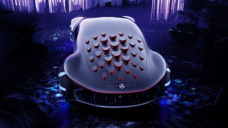 Al mejor estilo Avatar, Mercedes presentó cómo funciona el Vision AVTR ¿Será el futuro?