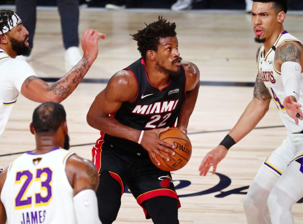 Le Bron James y los Lakers, nuevos reyes de la NBA