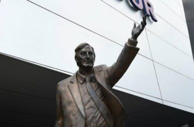 A 10 años de la muerte de Néstor Kirchner, instalarán su estatua que fue retirada de Unasur en el CCK