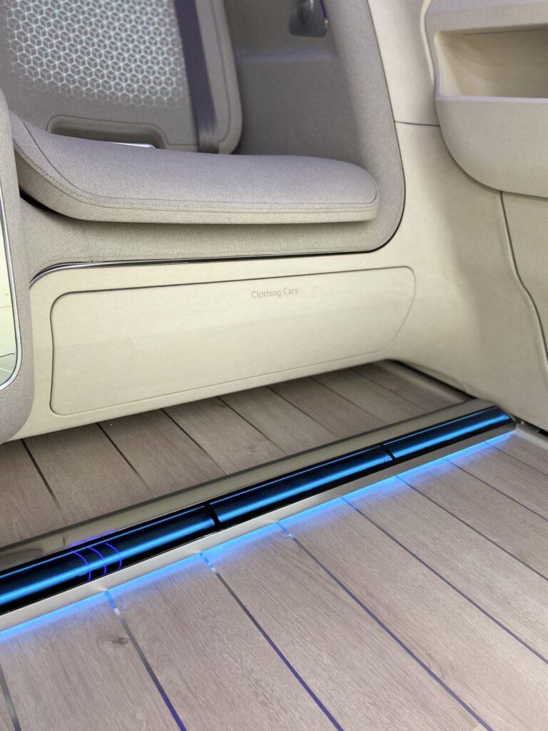 Con mayordomo y cafetera: Hyundai develó su visión de los habitáculos para los autos del futuro