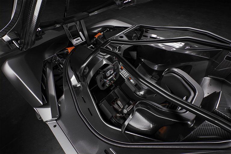 El avanzado y asombroso habitáculo del KTM X-Bow GT2 y GTX