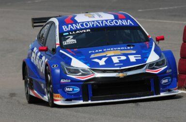 Llaver aprovechó y se quedó con la carrera clasificatoria del Súper TC2000 en Alta Gracia