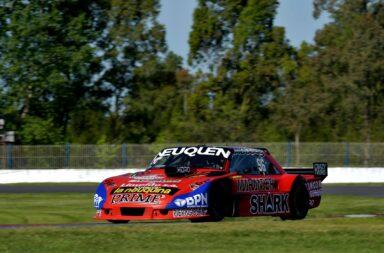 Benvenuti brilló en La Plata y se quedó con las dos clasificaciones del fin de semana del TC