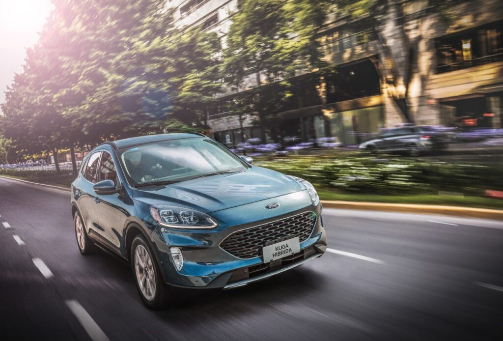 Ford Argentina le sumó a la gama de Kuga la versión Hybrid Titanium AWD
