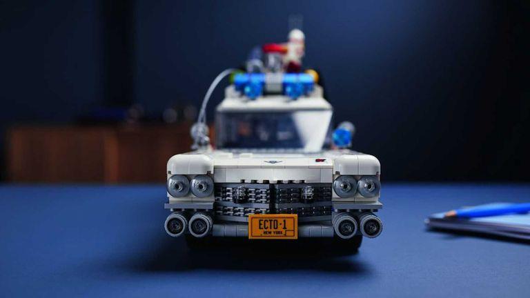 LEGO lanza el icónico vehículo de los Cazafantasmas para armar