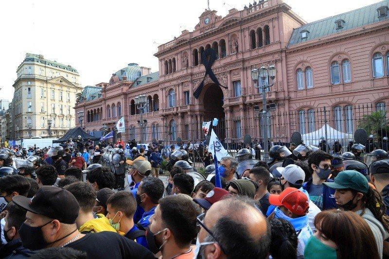 Fernan Quirós sobre velorio de Maradona