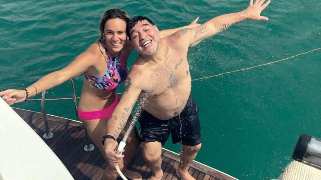 Diego Maradona: las mujeres que pasaron por su vida y sus hijos